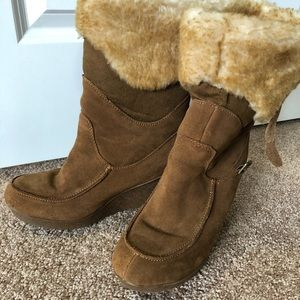 Bear paw wedge winter boots